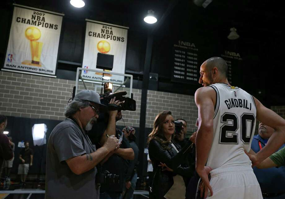 Manu Ginobili answers questions on Spurs media day on Sept. 26, 2016 at the practice facility. Photo: Edward A. Ornelas /San Antonio Express-News / © 2016 San Antonio Express-News