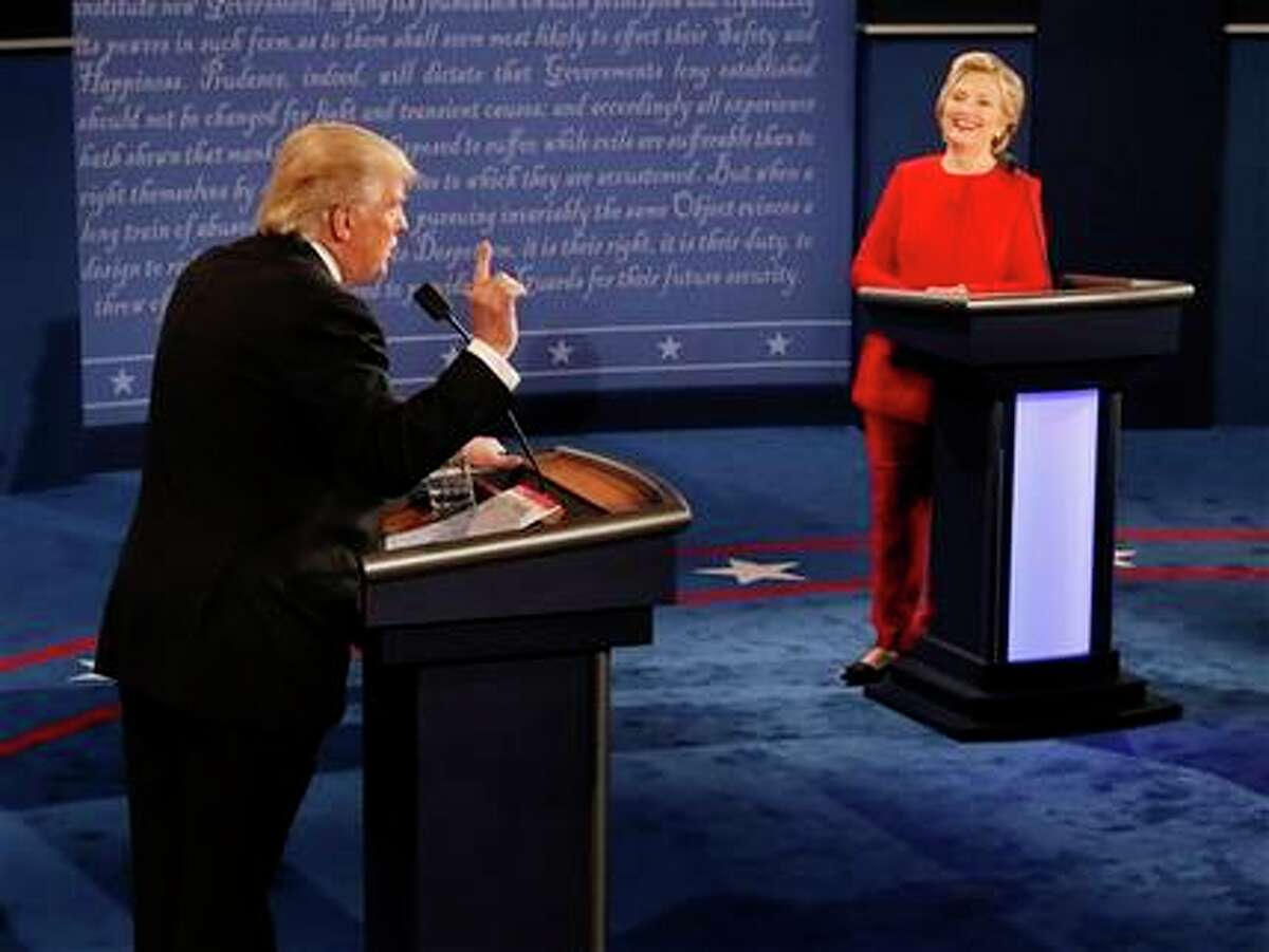 The candidates' stump speeches bashed up against each other this time. (Rick T. Wilking/Pool vía AP)