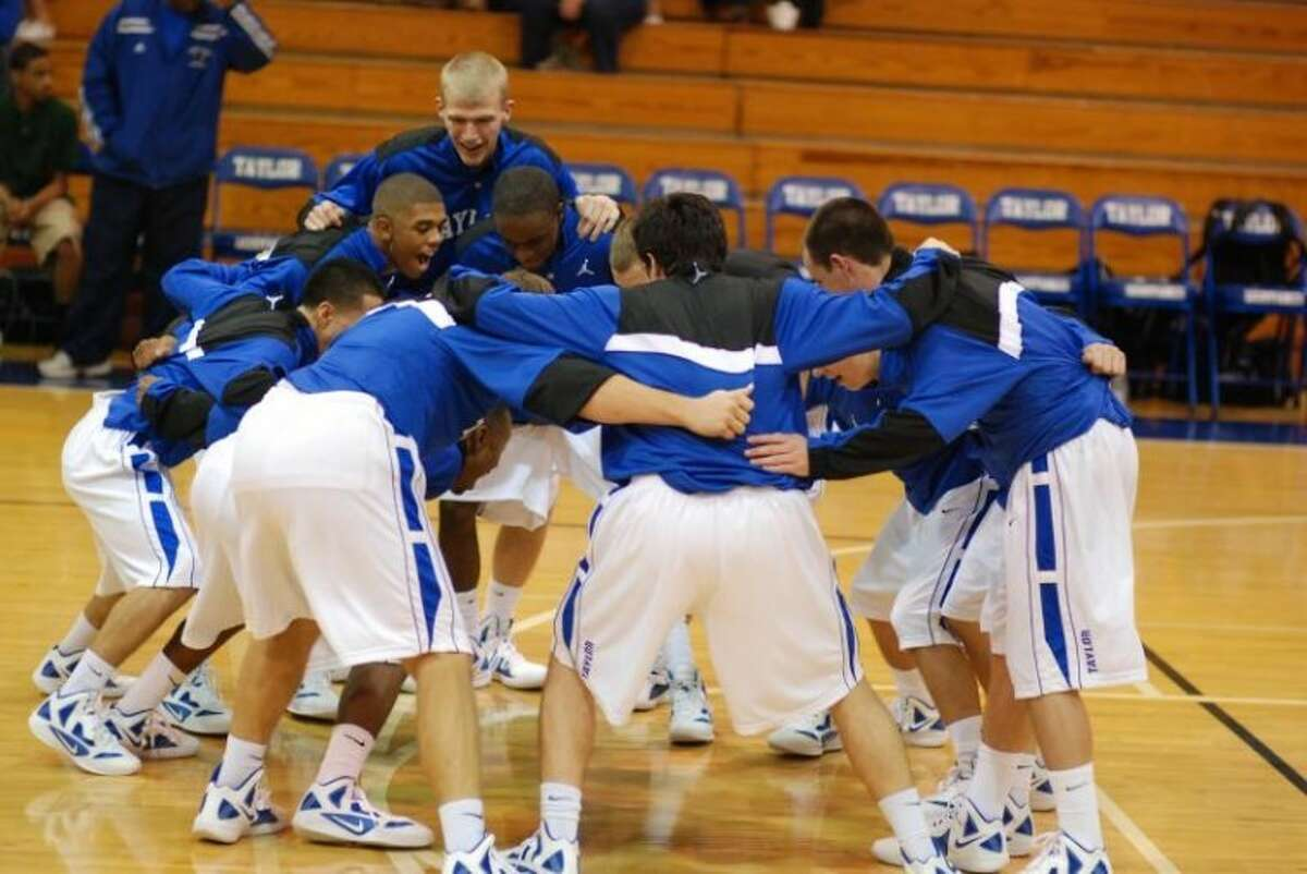 The Katy Taylor boys basketball teamis looking for a good start in district play.