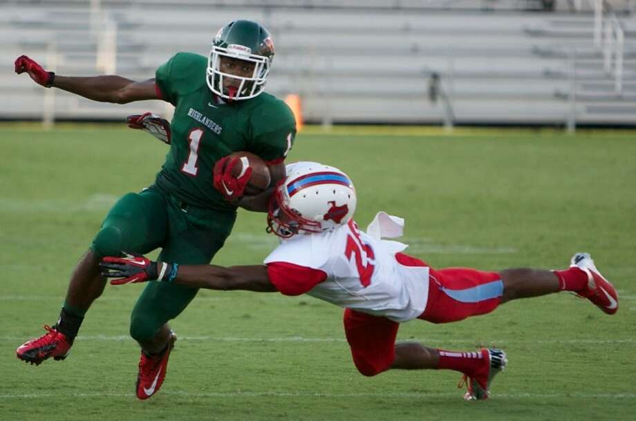 The Woodlands' Patrick Carr was named District 14-5A Preseason Offensive MVP for the 2014 season by Dave Campbell's Texas Football Magazine. Photo: Staff File Photo