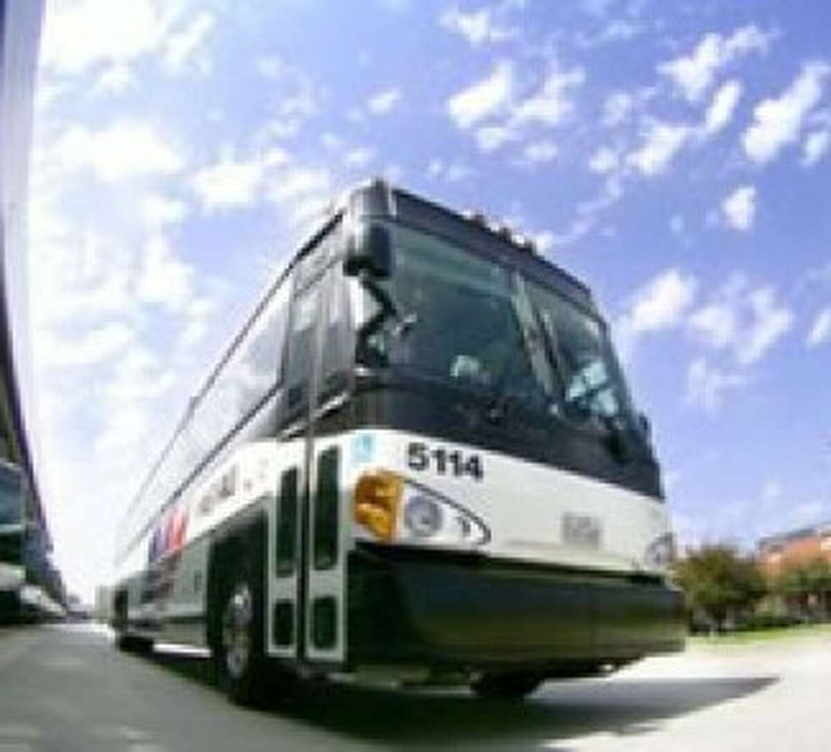 Metro looks to community meetings to improve route change plans