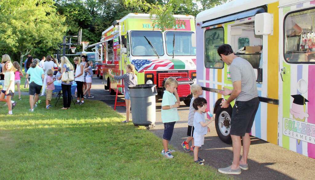 Family Fun Night At West Families Enjoy Tacos Ice Cream And Hot Dogs From Food Trucks Schools Fall