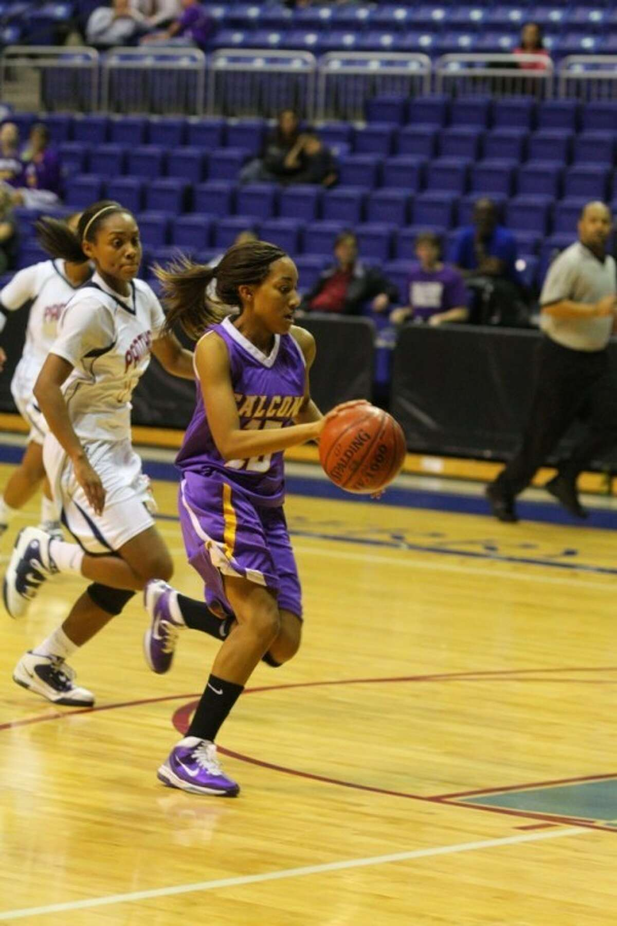 The Jersey Village High girls basketball team improved to 2-1 in Class 5A-District 17 competition with a 43-27 victory over Cy Springs on Tuesday at the Berry Center.