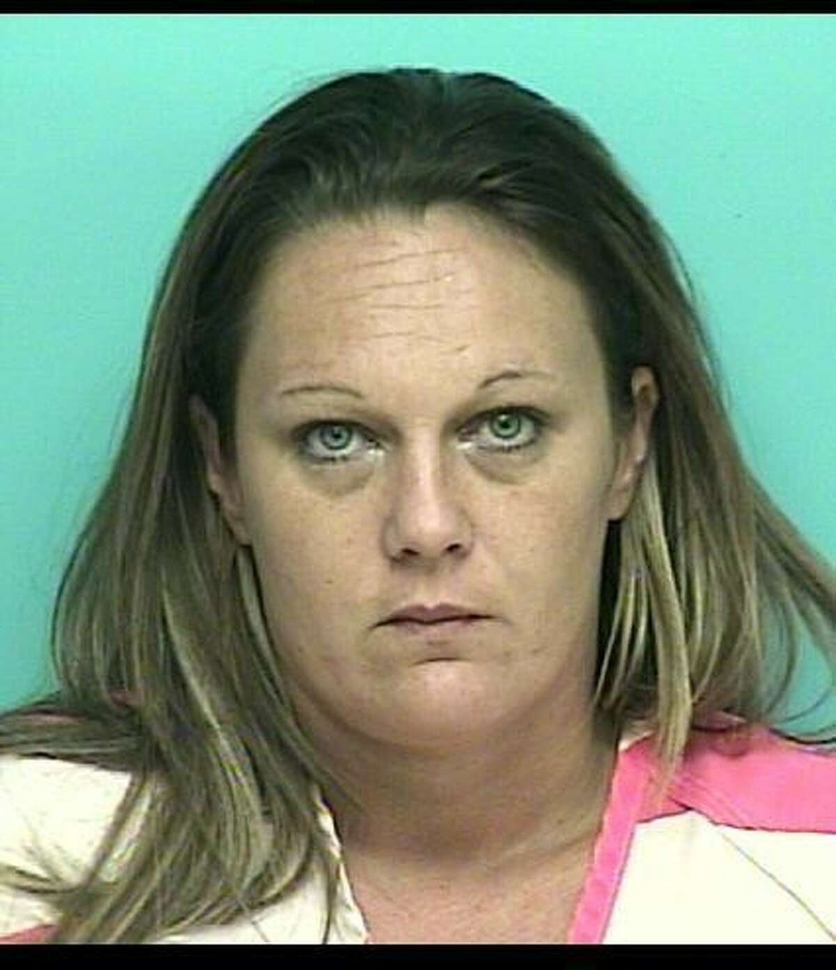 HANS, Brandy MichelleWhite/Female DOB: 04/19/1977Height: 5'04'' Weight: 200 lbs.Hair: Brown Eyes: GreenWarrant: # 120201902 Order of ArrestPoss. w/intent to Deliver/Manuf. CSLKA: Lions Gate Dr., Humble.