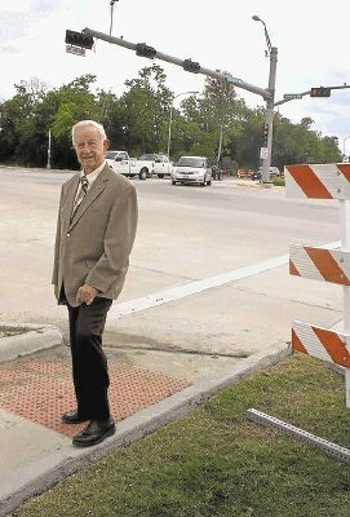 Pearland Mayor Tom Reid at the Magnolia Road expansion last May.