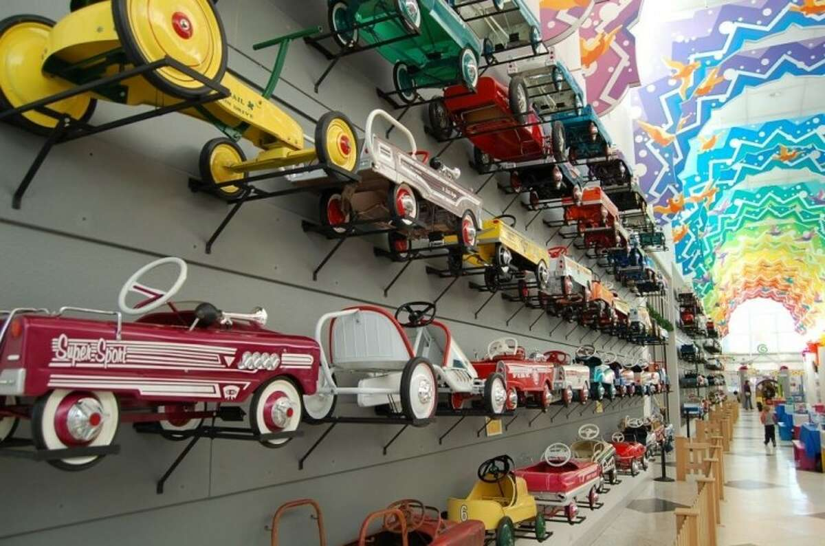The Children's Museum of Houston will feature classic car and retro toys, no batteries required, Jan. 3 - 9. A Vintage Car Show will be featured on Jan. 5.