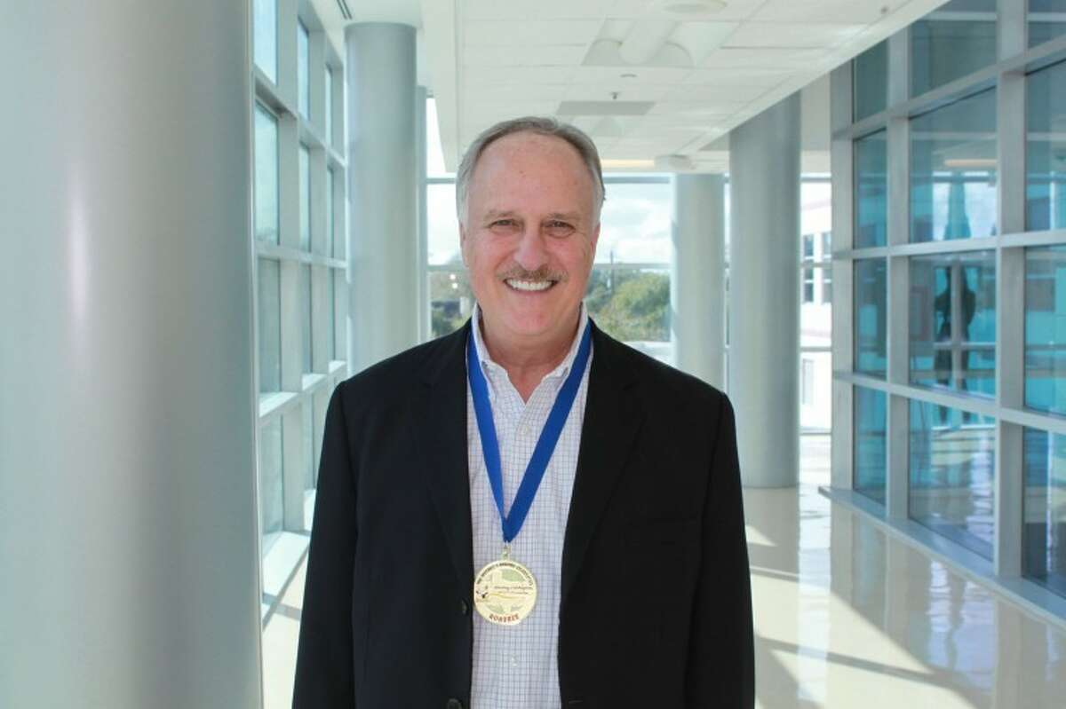 Memorial Hermann Southwest Hospital's Robert Blake, RN was recognized as a 2012 Outstanding Nurse by the Texas Nurses Association (TNA).