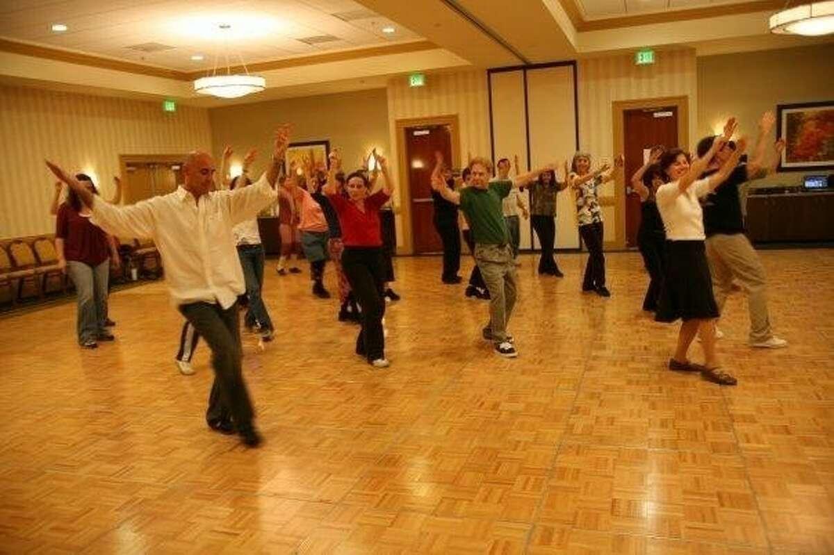 David Dassa teaches his weekly Israeli dance session in Los Angeles. Dassa returns to ERJCC to lead a workshop Jan. 11-13.