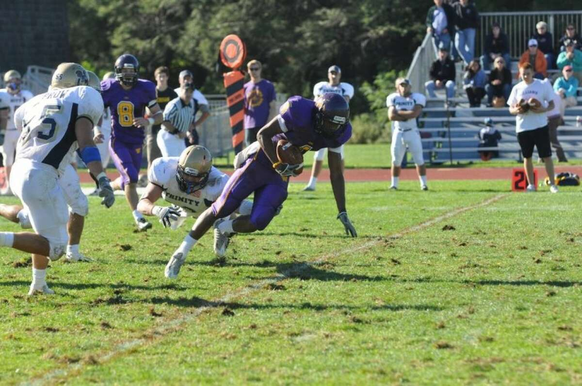B.J. Griffin amassed 17 receptions and 264 yards in 2010 for a Williams College team that finished 8-0.