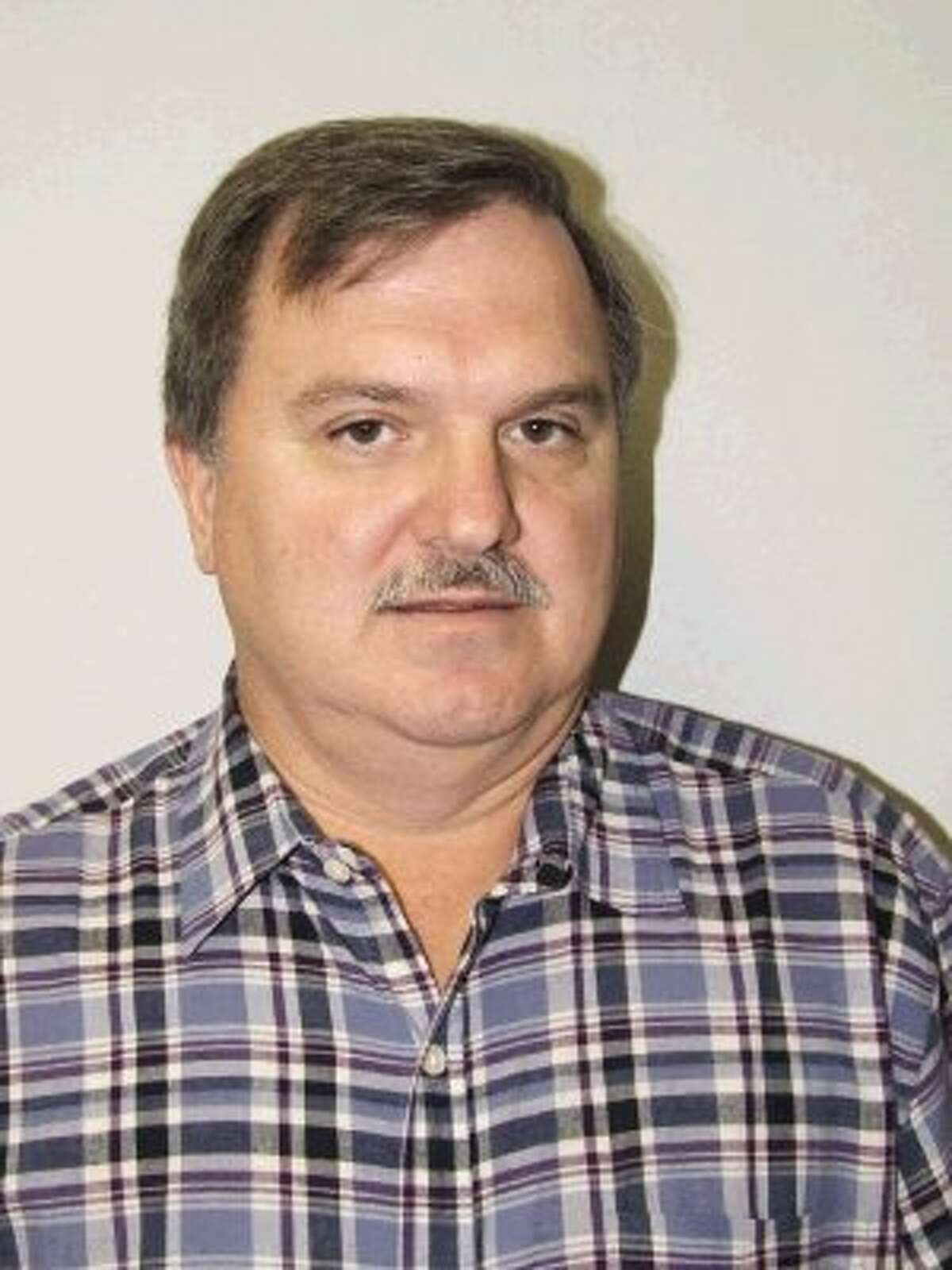 Jim Molony is print editor for The Bay Area Citizen, The Friendswood and Pearland Journals, The Pasadena Citizen and The Deer Park Broadcaster.