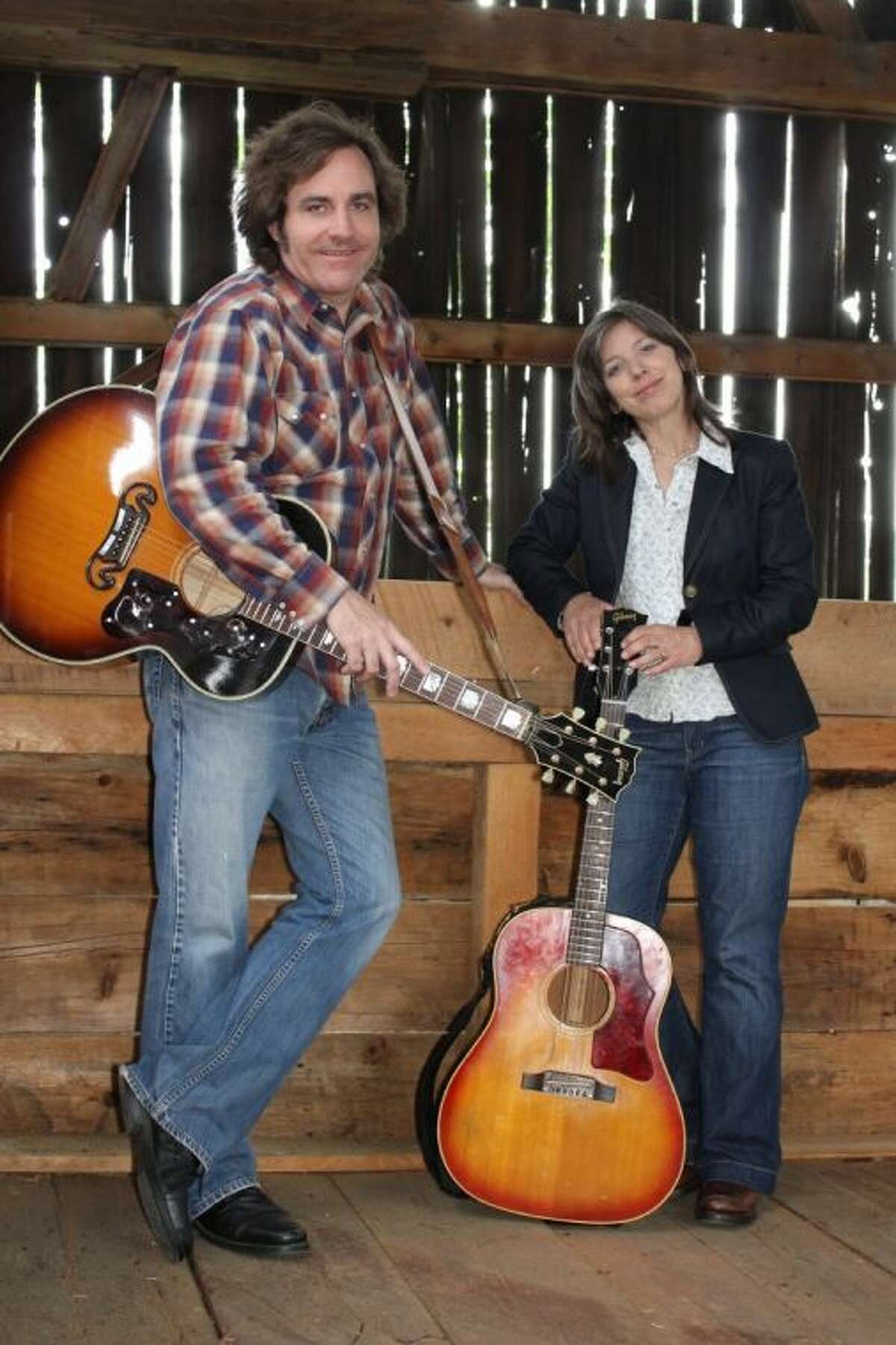 Folk duo Stacey Earle and Mark Stuart perform at Millbend Coffeehouse on Saturday at 7:30 p.m.