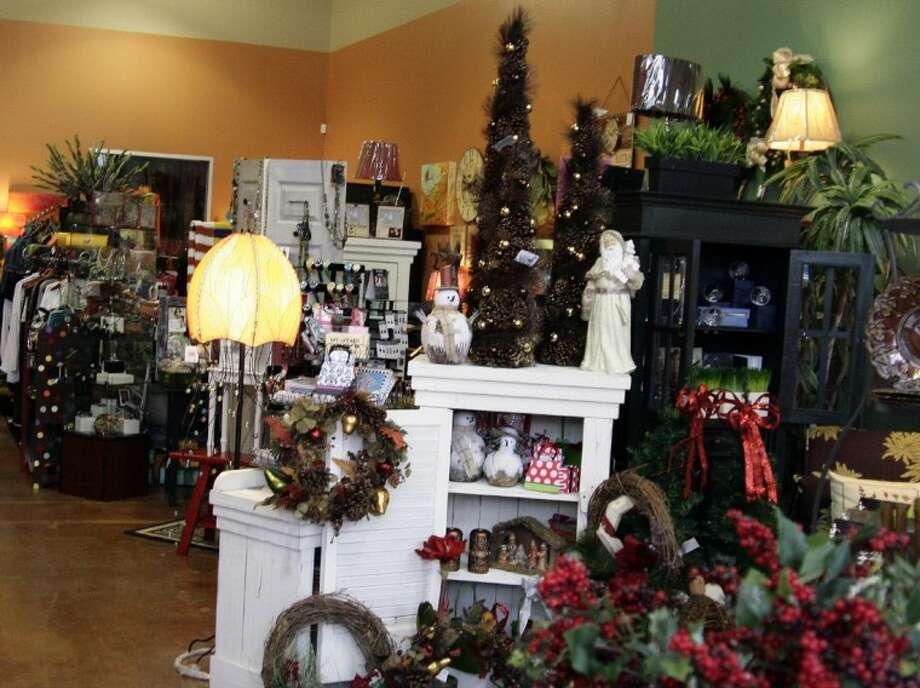 A New Addition To The Kings Harbor Area Jennika S Offers A Variety Of Different Items