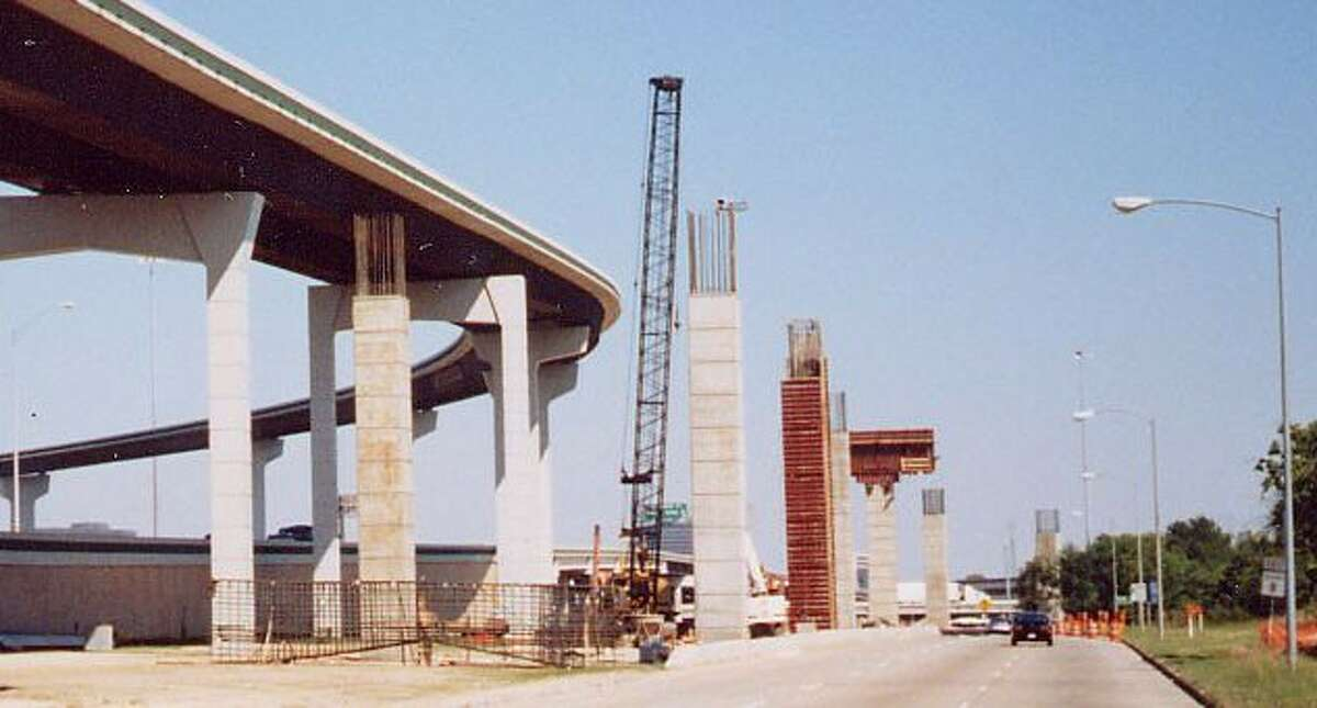 Construction of direct connector ramps at the Beltway 8-Interstate 45 interchange in October 2000.