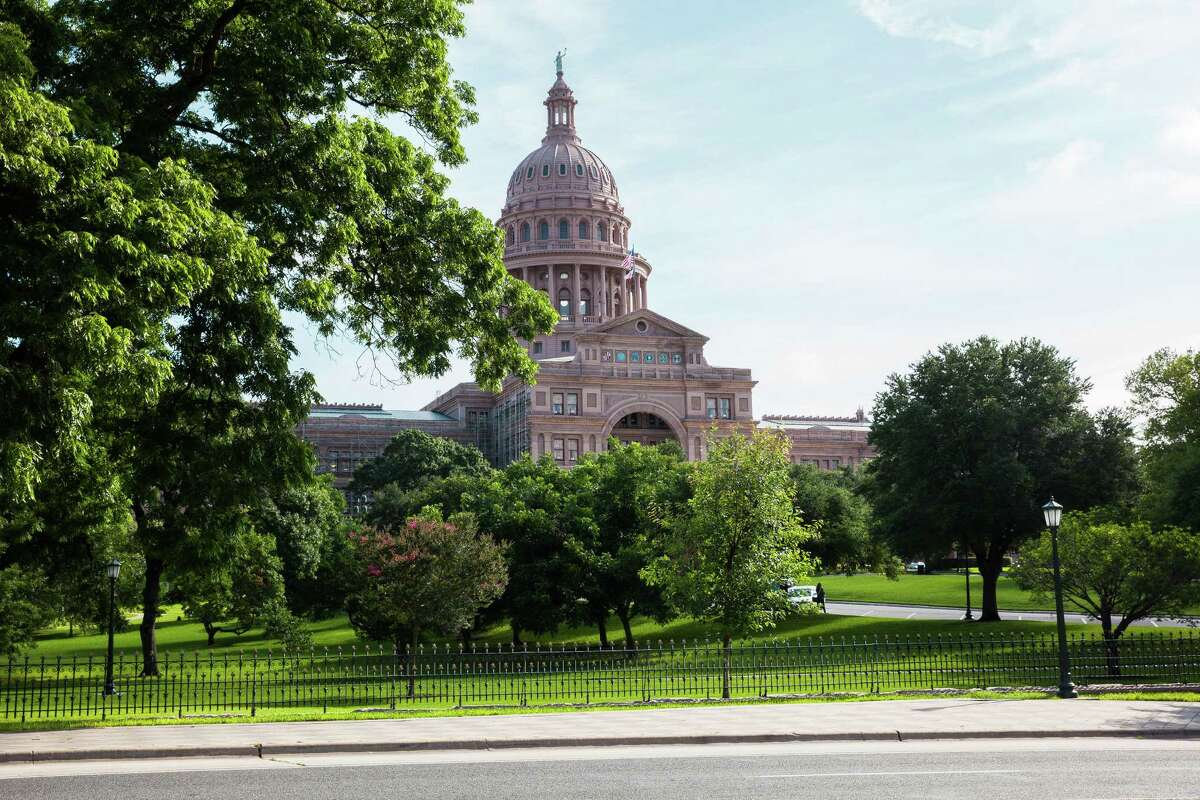 The Texas State Capitol building stands in Austin. Photo: David Williams / Bloomberg