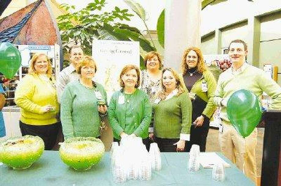 Memorial hermann the woodlands hospital is going green for The family room kouts in