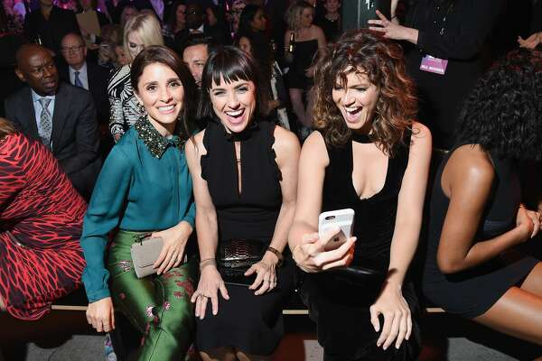 (L-R) Actors Shiri Appleby, Constance Zimmer and Mandy Moore attend the Hearst launch of HearstLive, a multimedia news installation, at 57th Street & 8th Avenue on September 27, 2016 in New York City.  (Photo by Michael Loccisano/Getty Images for Hearst)