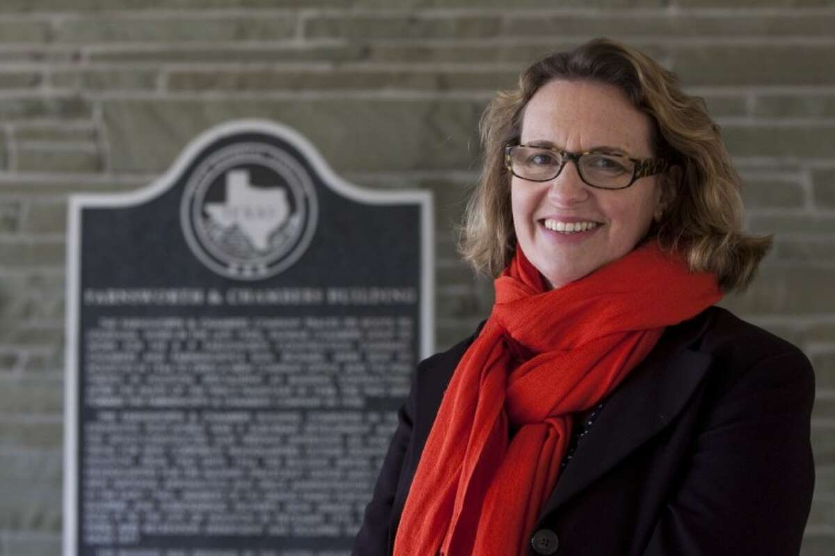 Anna Mod served as the historic preservation consultant for the renovation of the Houston Parks and Recreation building.