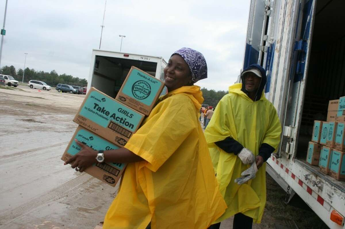 Troop mother Denise Rollins from the Sunshine Service Unit traveled all the way from southwest Houston to volunteer.