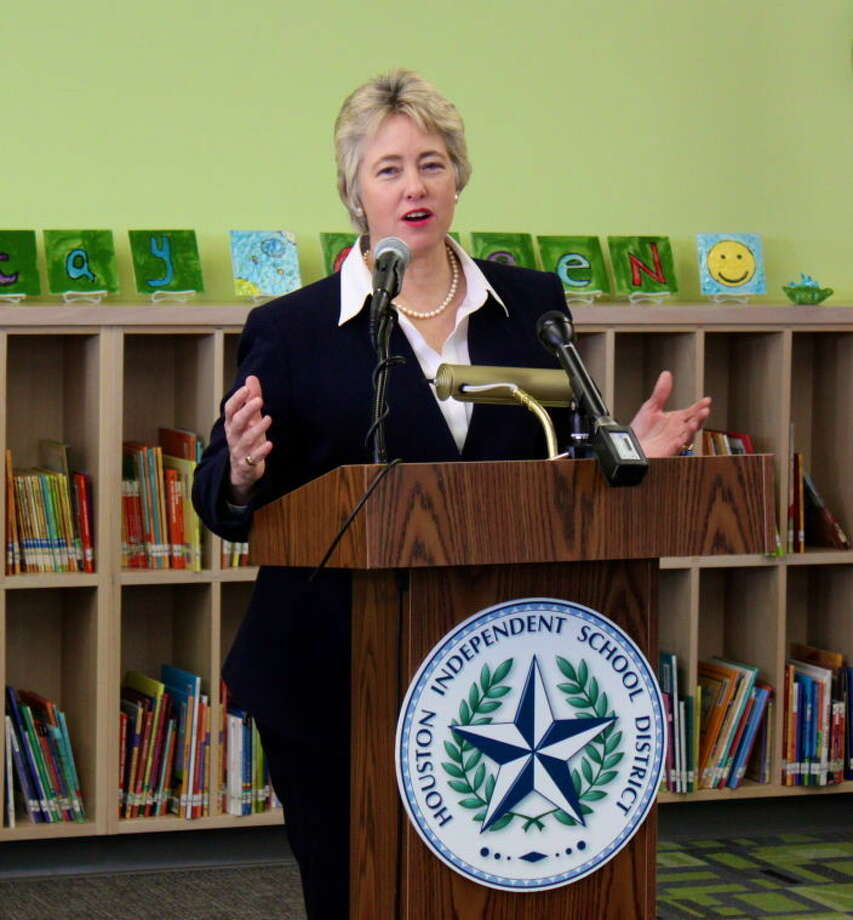 Houston Mayor Annise Parker visits Cunningham Elementary on Tuesday, Feb. 5. She discussed her plan to make every new building in Houston LEED certified.