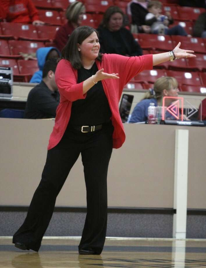 Hightower coach Deborah Mizehas never lost to North Shore. She'll lead the Lady Canes against North Shore again Tuesday night in the third round of the playoffs. (Alan Warren/HCN) Photo: Alan Warren