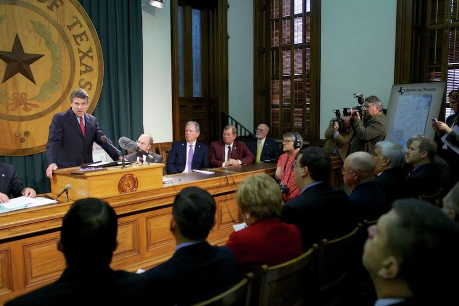 Gov. Rick Perry stressed the importance of infrastructure at the Alliance for I-69 Legislative Briefing on community-supported progress for I-69 Texas