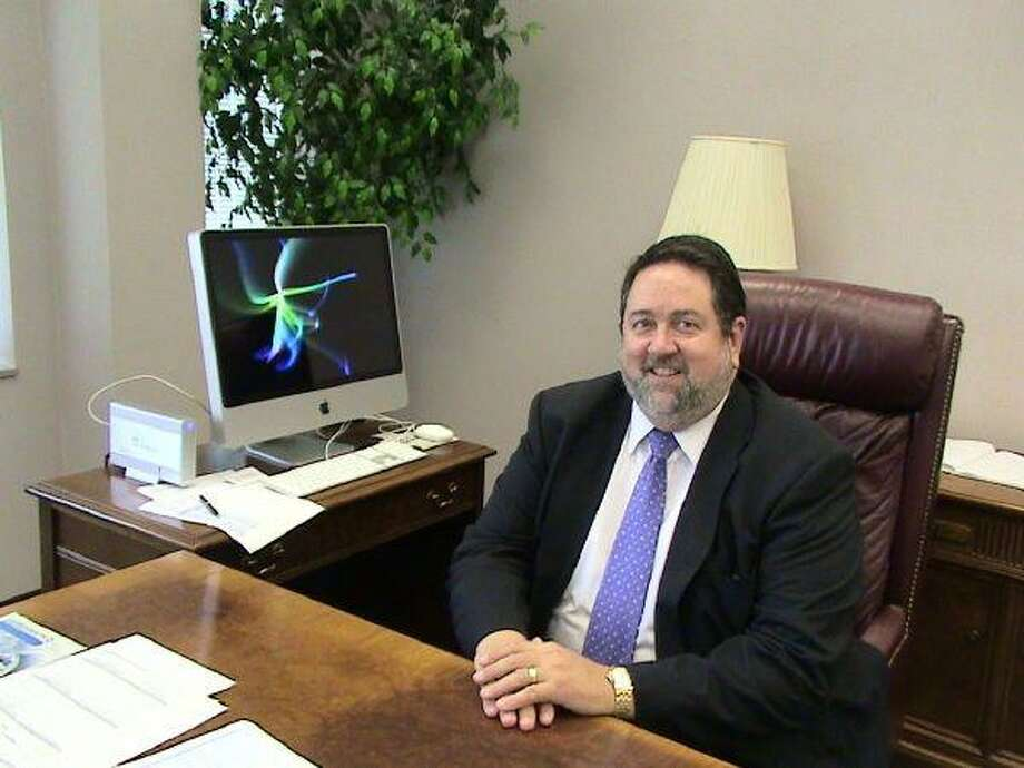 H. Neil Matkin took the office of president at San Jacinto College-Central. Matkin was formerly the Vice Chancellor of Information Technology Services for Virginia Community College System.