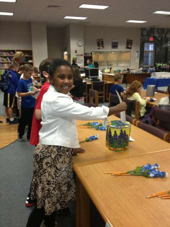 Grace King casts her vote for her favorite Bluebonnet Book at Gilmore Elementary. Photo: Courtesy CCISD