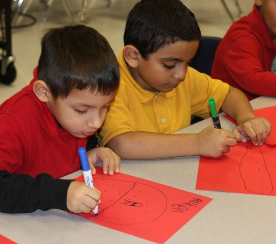"""Cassandra Smith's Pre-K students spent time creating kind notes for their classmates on Valentine's Day as part of the """"15 Days of Caring"""" project at Massey Ranch Elementary School. Photo: KRISTI NIX"""