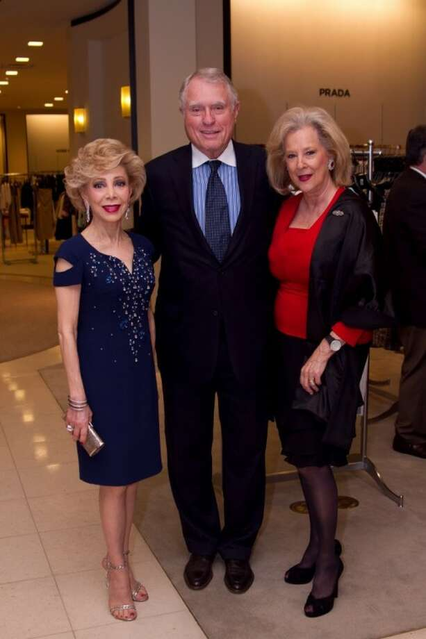 Pictured from left to right: Honoree Margaret Alkek Williams, Jim Daniels, and Event Chair Mary Ann McKeithan. (Photo by Caroline Berg, submitted by Smith & Sacco Ltd.)
