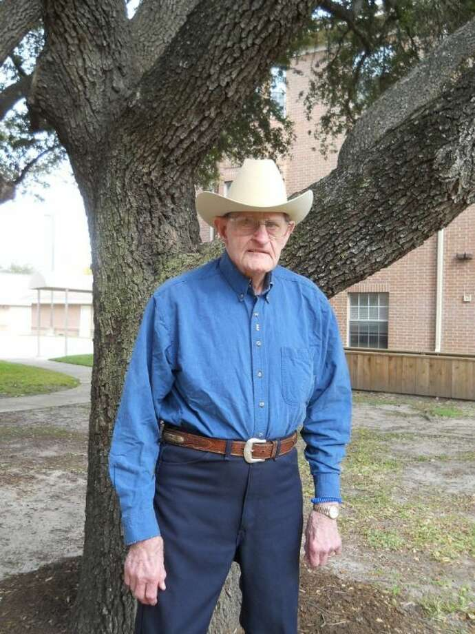 89-year-old Tom Erskine, a former Texas cattle rancher, has many stories to share about what it is truly like living life on a ranch just west of the Pecos, a life where cowboy hats and boots are typical everyday attire.