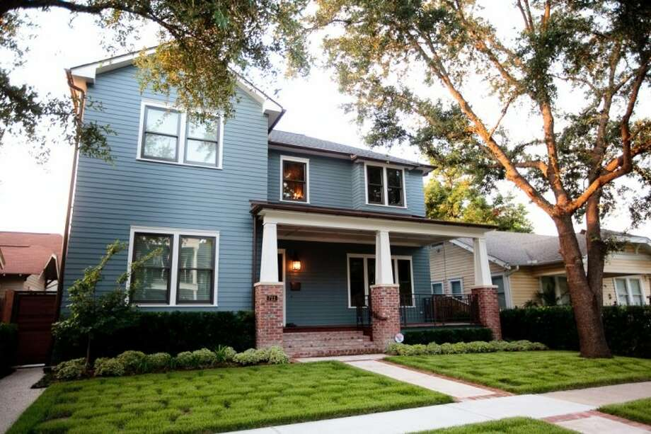 The Houston Heights Home & Garden Tour, April 2-3, will feature six spectacular Houston Heights homes and gardens, including the first LEED green building certified house in the Houston Heights, the Willis Home, pictured here.