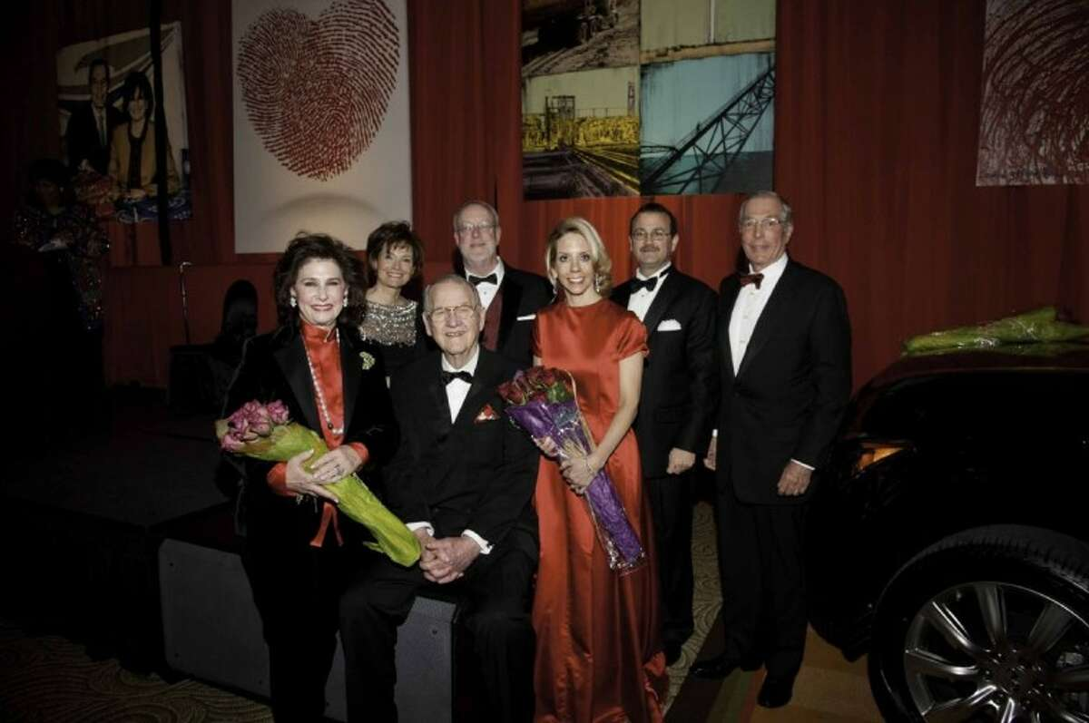 Back: Event Chair Bobbie Nau, Terry McGill, Corporate Honoree Mark Maki, Event Chair John Nau. Front: Community Honorees Elyse and Bob Lanier, Medical Honoree Roberta Bogaev, M.D. (Photo by Alexander's Fine Portrait Design, submitted by American Heart Association)