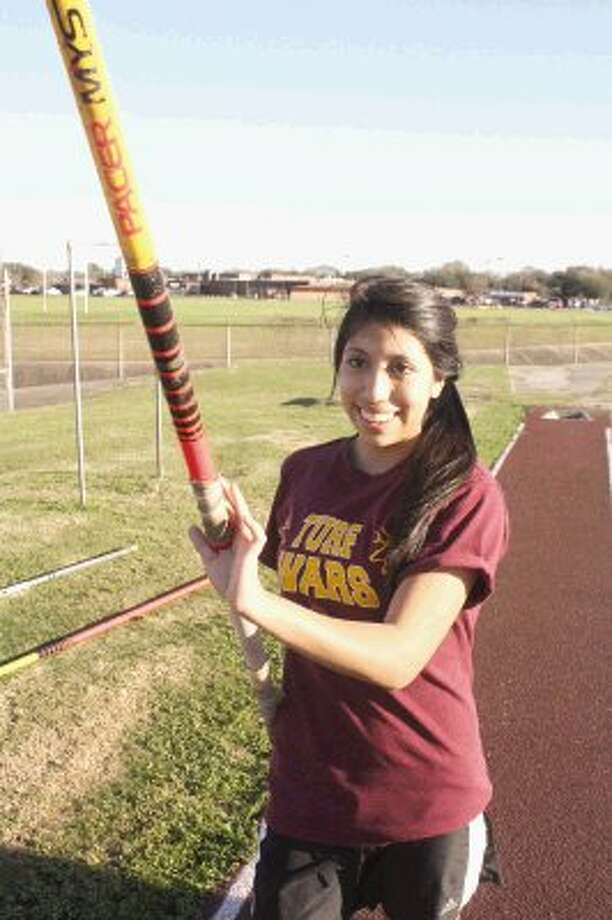 Deer Park pole vaulter Patricia Bentley opened her senior year with a first-place vault at the Deer Park Invitational, matching her personal best of 8-6. Tomorrow afternoon at 2:30, she'll be competing at the Pasadena ISD's Brown Relays. Photo: Robert Avery