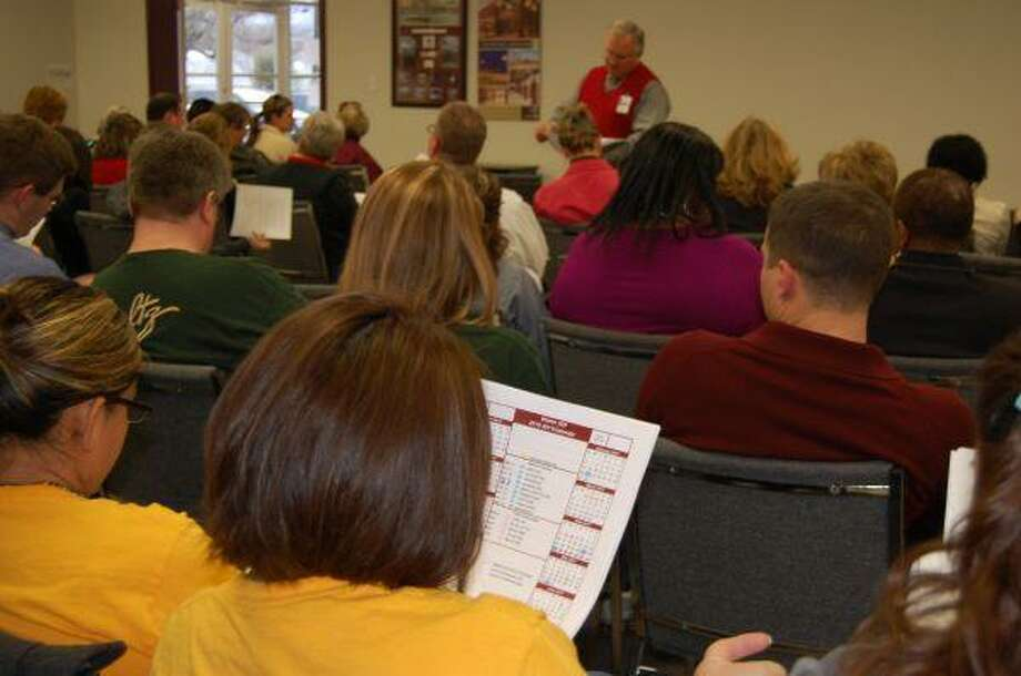 More than 65 people attended the Waller ISD District-Site Based Decision Making Committee Meeting to discuss the 2010-2011 district calendar. An online calendar survey that requests holiday preference feedback from the community is posted on the district Website until Feb. 2.