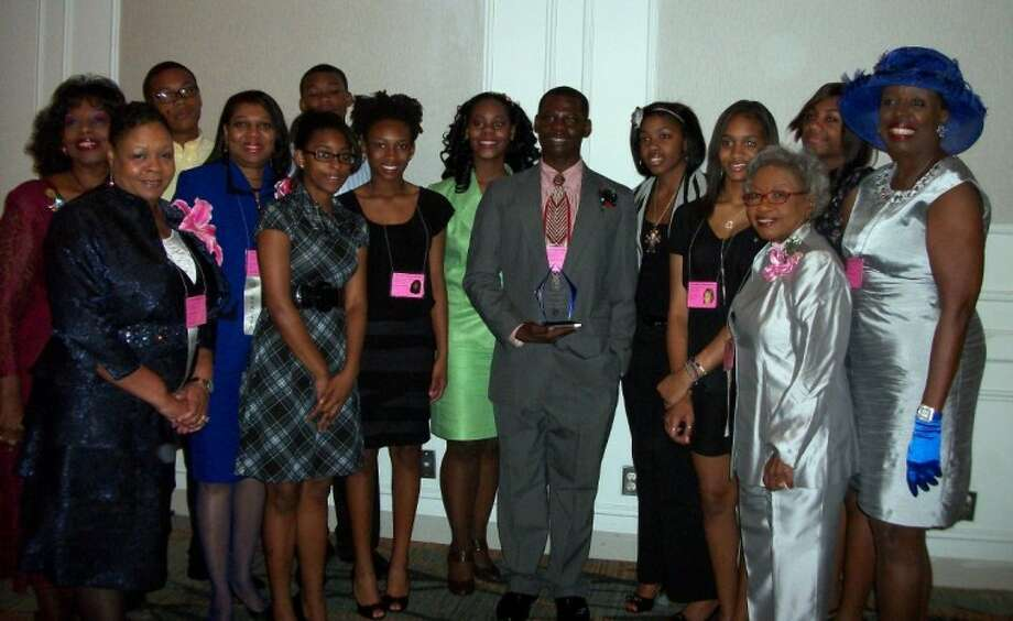 The Prairie View Chapter Top Teens and Top Ladies were among 300 teens and 150 ladies who attended the Area Conference at the Westin Galleria in Houston.