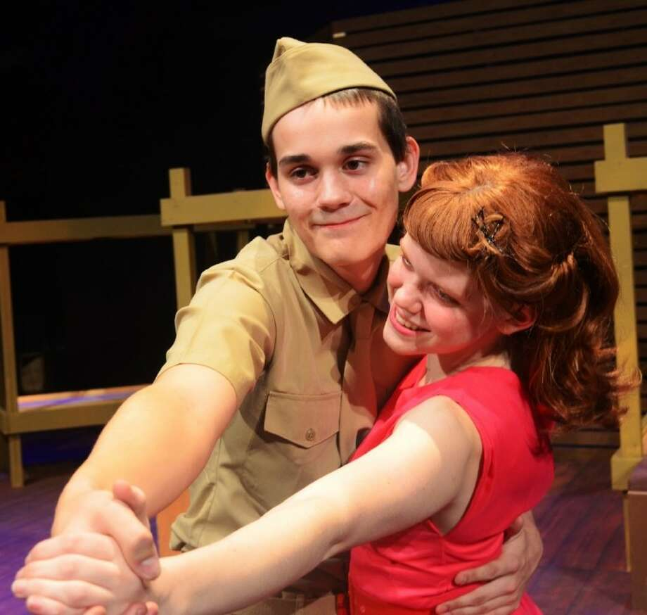 Biloxi Blues Tells Of Young Soldier S Attempts At Love Houston