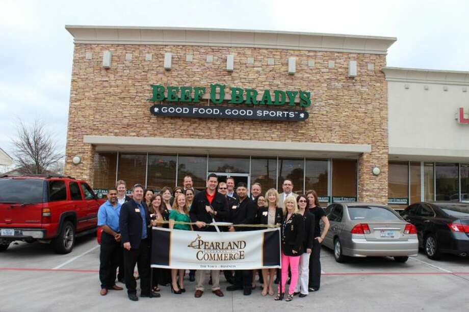 Beef 'O' Brady's, 6200 Broadway St, Ste 102 Pearland, 77581. www.facebook.com/pearlandbeefs Pictured: Ambassadors and Members of the Pearland Chamber of Commerce.