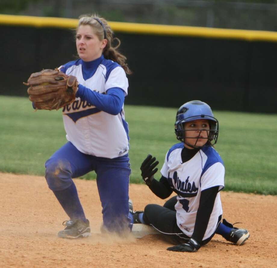 Heaventree Bauda (4) looks for the umpires call after stealing second during the game against Hardin in the Shepherd Softball Tournament at Shepherd High School on Feb. 24. Shepherd defeated Hardin 5-4. Photo: Jason Fochtman