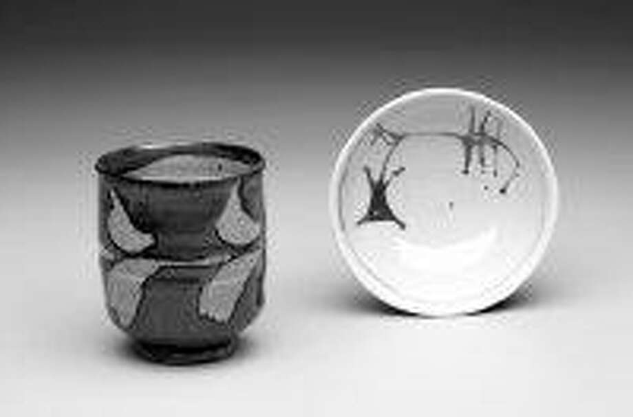 Left: Warren MacKenzie, Yunomi, Stoneware from the collection of Randy Johnston and Jan McKeachie Johnston. Right: Warren & Alex MacKenzie, Small Bowl, ca 1950s Porcelain. From the collection of Linda and Andy Boss. / @WireImgId=292511