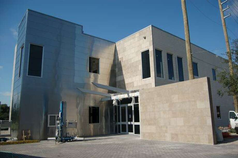 Hedwig Village's new city council building combines an efficient use of space with more technology.