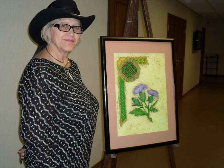 Patricia Blaikie of the Cleveland Community Art League encourages people interested in the league to attend one of the group's meeting on the second Tuesday of each month. Photo: RACHEL HALL