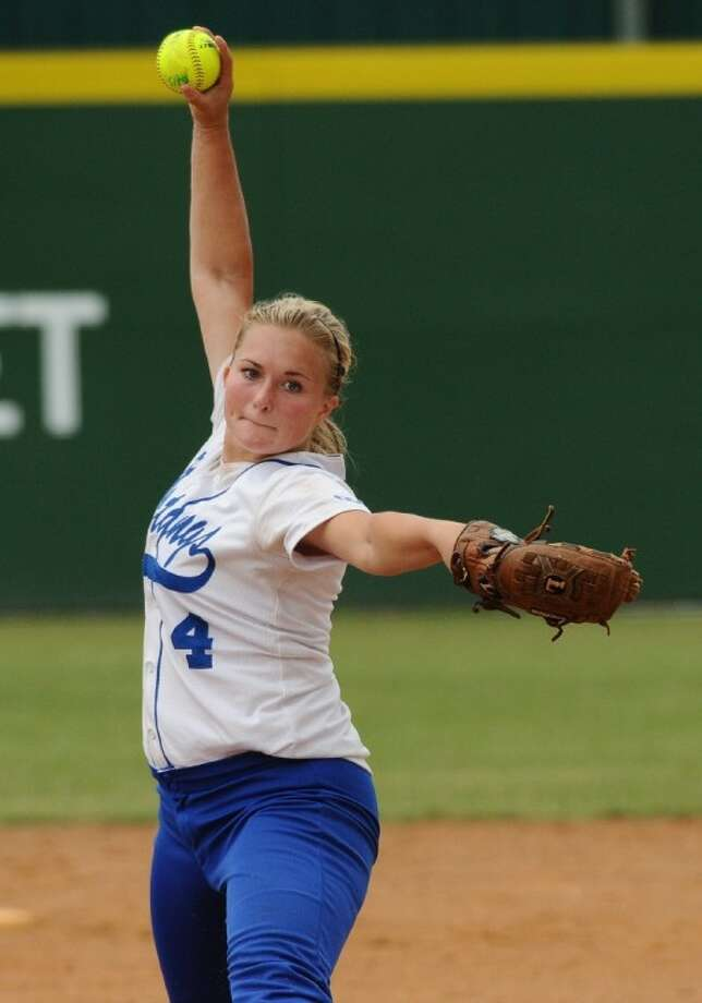 Friendswood pitcher Lauren Massar will be counted on to help lead the Lady Mustangs in their bid for a District 24-4A softball title. Photo: KIRK SIDES