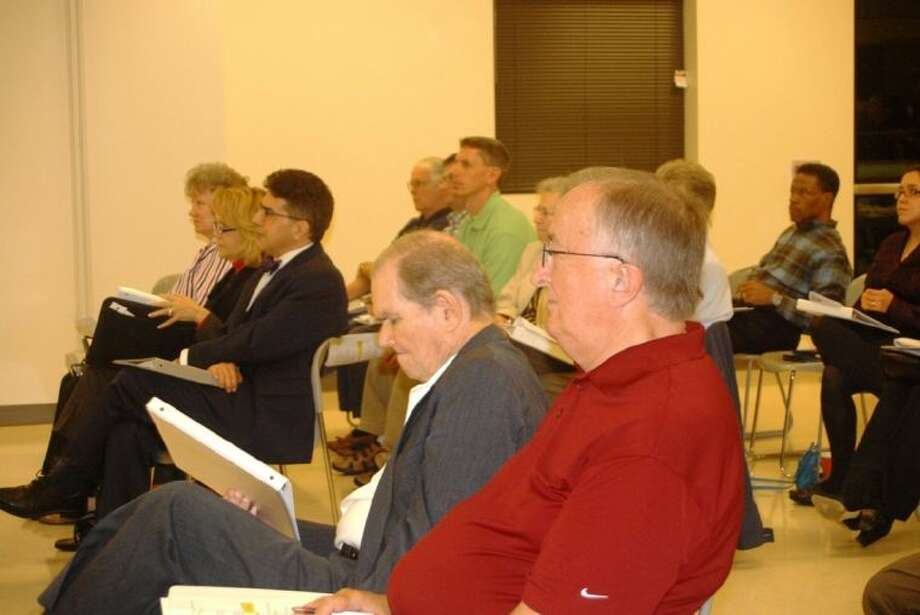 Members of Missouri City's Bond Exploratory Committee meet at the Recreation and Tennis Center.