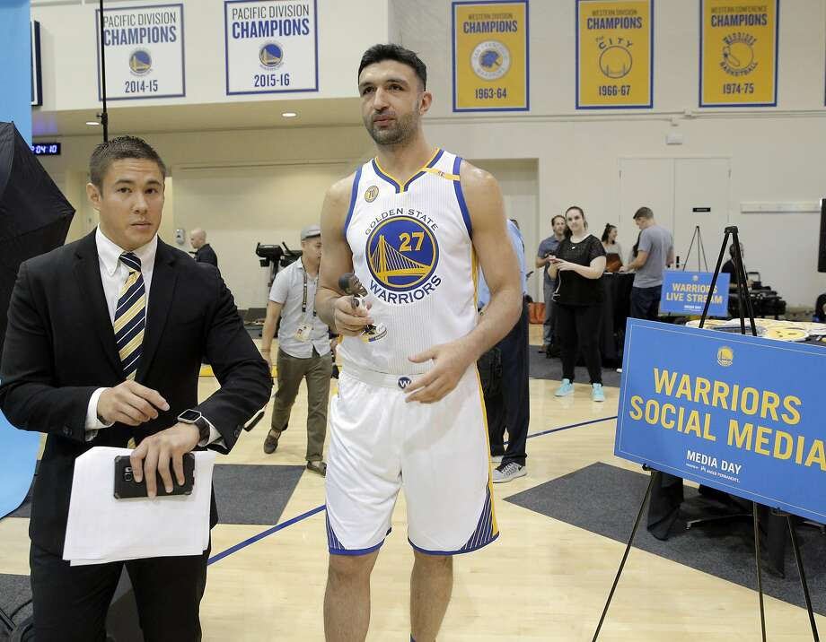 Zaza Pachulia (27) walks to a photo shoot after doing a social media session during Warriors Media Day at their training facility in Oakland, Calif., on Monday, September 26, 2016. Photo: Carlos Avila Gonzalez, The Chronicle