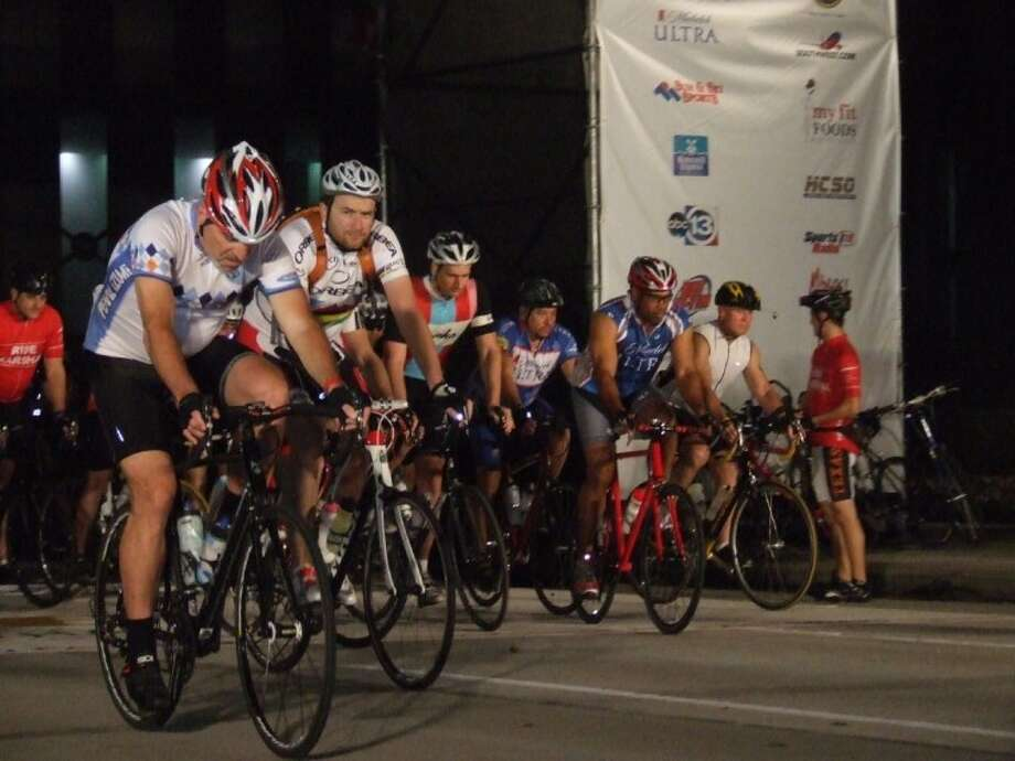 They're off and riding early Sunday in the Tour de Houston, launching from and finishing in downtown.