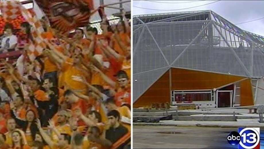 Fans attending Houston Dynamo games and other events at the team's new stadium east of downtown can now tailgate after City Council approval Wednesday.