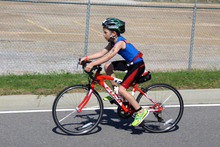 Layne Bale competed in the Houston Kids Triathlon with the SelecTRI team.    Photo: Courtesy Photo