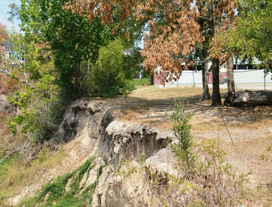 The Harris County Flood Control District is repairing eroded sections of the south bank of Cypress Creek near Cypress Creek Volunteer Fire Department's Station No. 23. The project will reconstruct and stabilize the bank so that it does not encroach on the 3.9-acre property that houses the fire station on Cypresswood Drive.