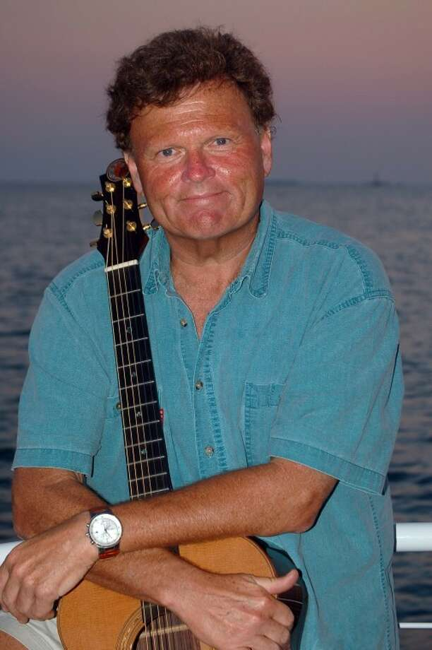 Paradise on the Plaza features Scott Kirby on Friday, May 20.