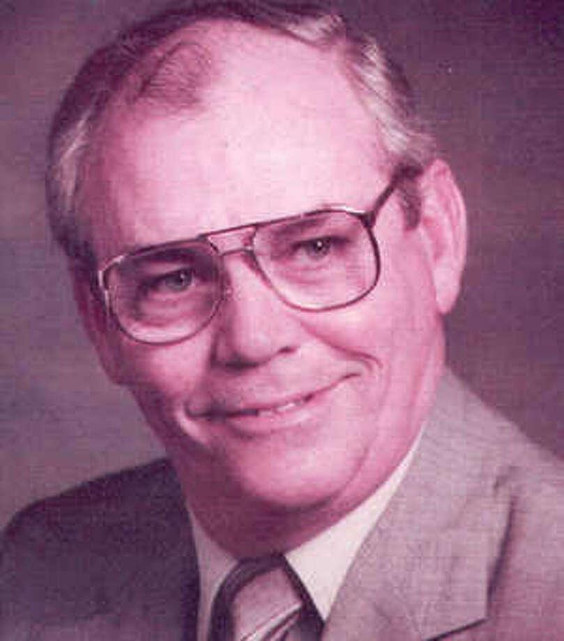 Roberts, Leonard
